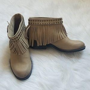 Naughty Monkey Studded Fringe Boho Ankle Boots SZ7